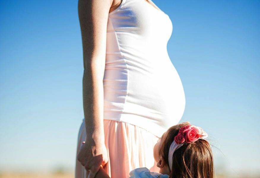 Maternity Style Tips - www.lovefrommim.com Pregnancy Fashion Maternity Wear Pregnancy Clothes Tips Maternity Fashion Tips