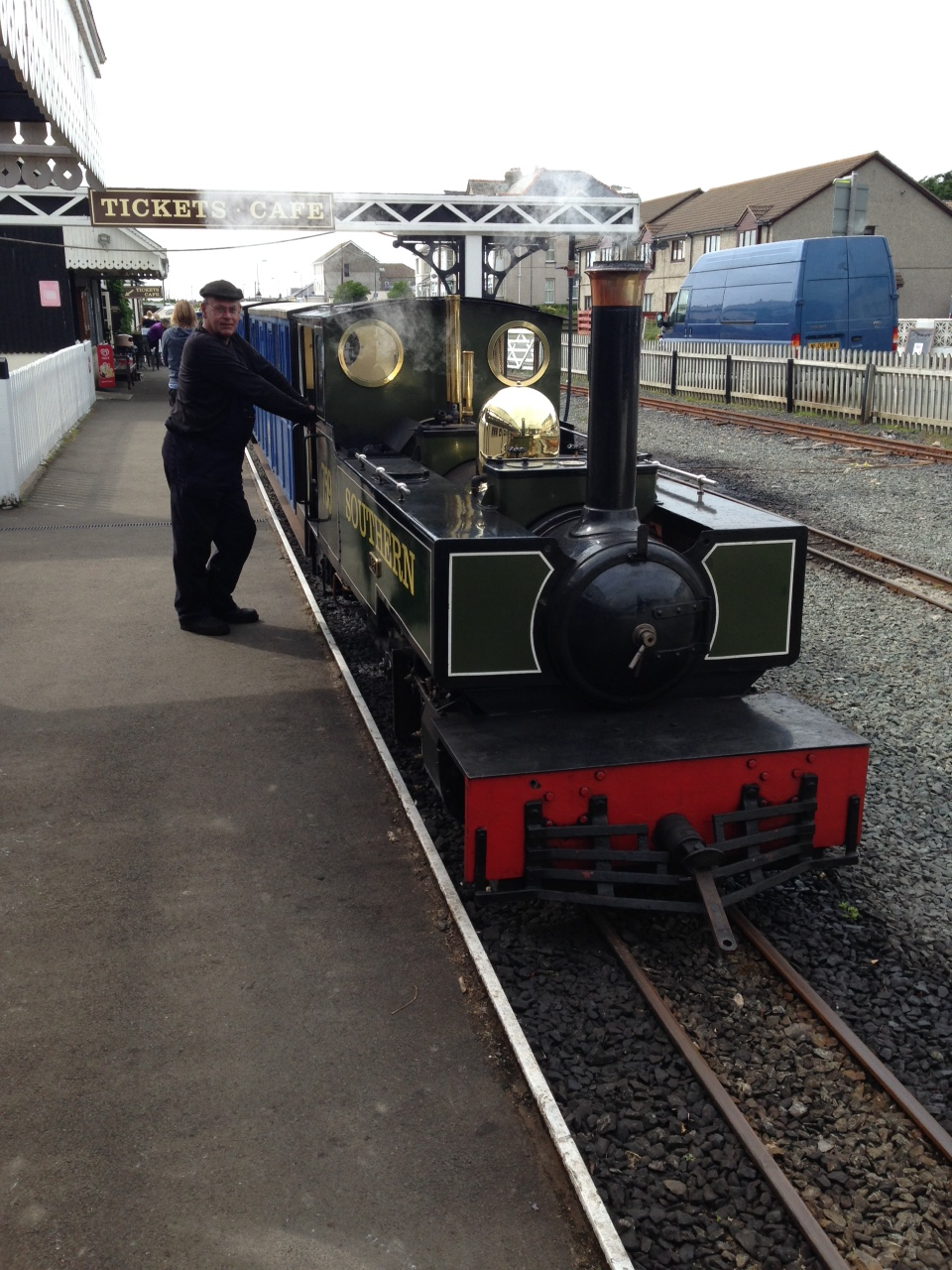 A Ride on the Fairbourne Steam Railway! www.lovefrommim.com