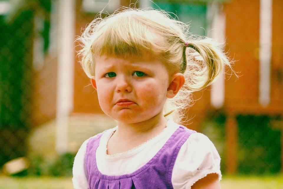 How to handle Toddler Tantrums - lovefrommim.com How to deal with toddler tantrums how to stop toddler tantrums