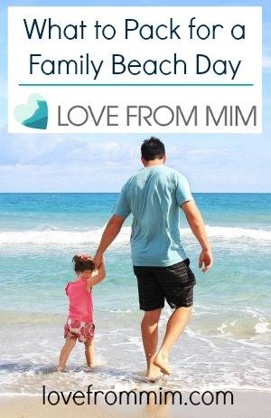 What to pack for a Family Beach Day - lovefrommim.com Family Beach Holiday Checklist Printable Pitchi