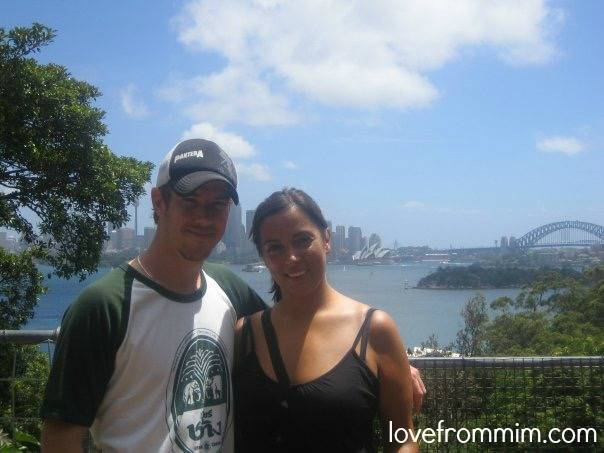 5 Tips for Emigrating with your family - www.lovefrommim.com Emigrating from Australia to the UK World Baggage Luggage Emigrating with your Family Taronga Zoo Sydney Opera House Sydney Harbour Bridge