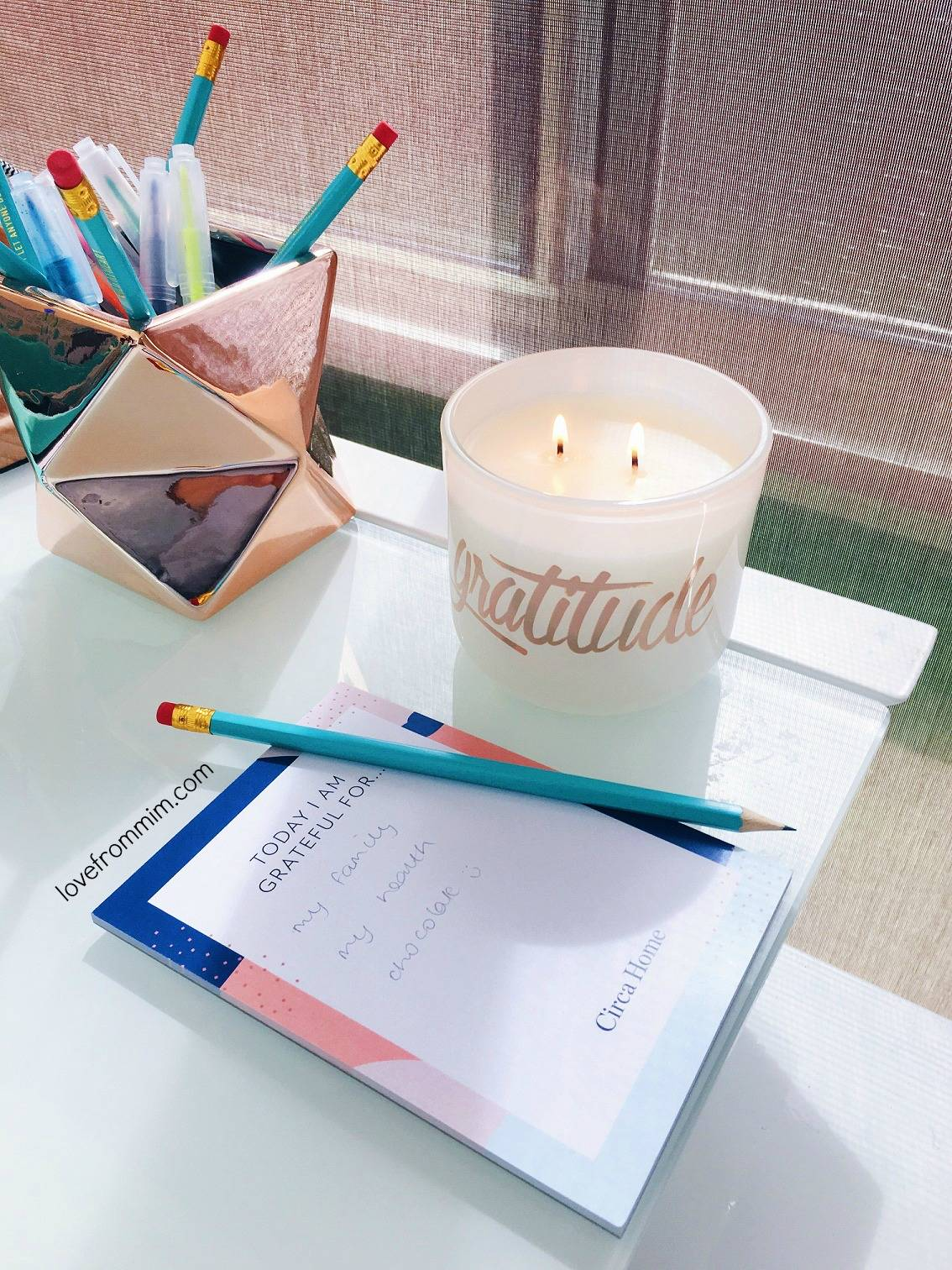 5 Things I am Grateful For - www.lovefrommim.com Happy List Positive List Gratitude List Circa Home Honeyflower and Sandalwood Candle