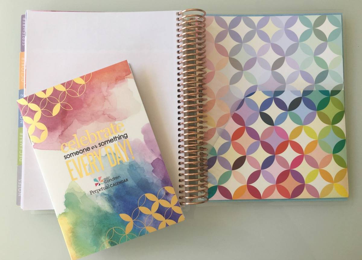 Erin Condren Life Planner 2017 - lovefrommim.com Erin Condren Life Planner Unboxing Planners Planning To Do Lists How plan your day How do you plan Erin Condren LifePlanner