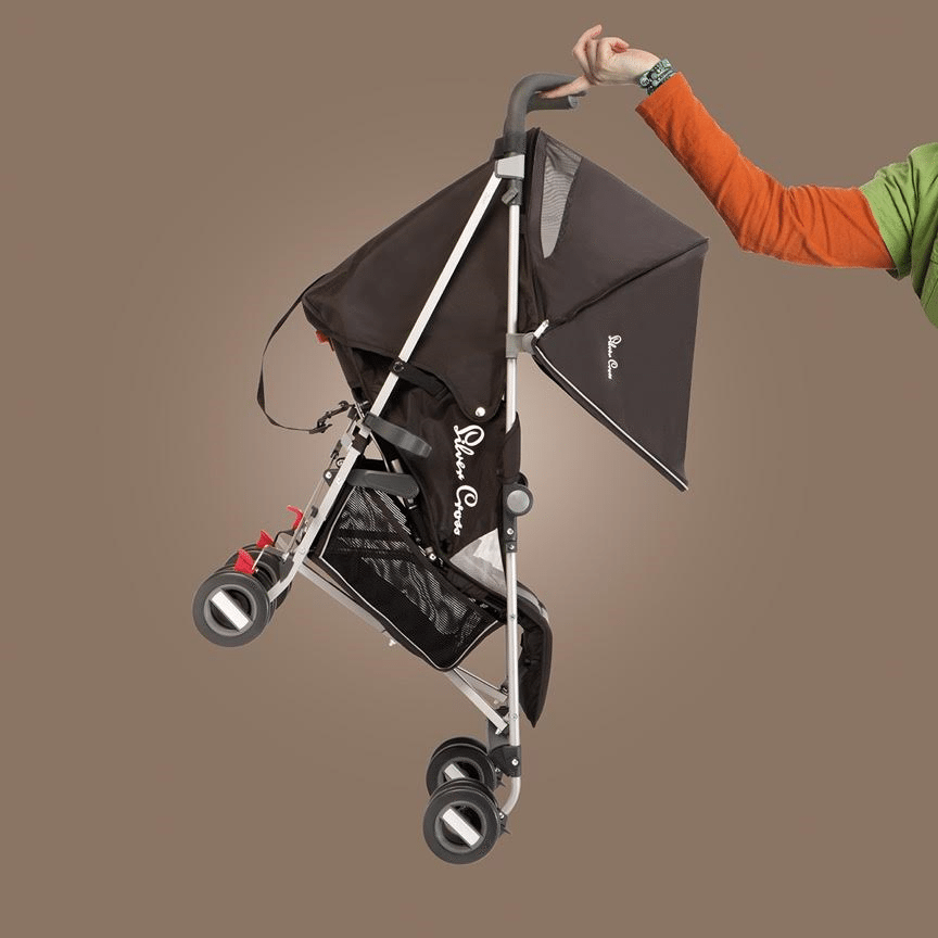 5 benefits of walking with a Baby + Win a Silver Cross Stroller! lovefrommim.com How to get out and about with a Newborn Baby Leaving the house with a Newborn Baby Exercising with a Baby Traveling with a Newborn Baby Benefits of Walking your Baby Silver Cross Zest Stroller