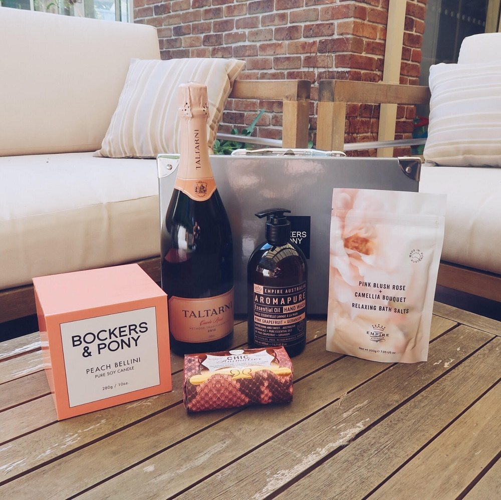 Bockers and Pony Peachylicious Pamper Hamper