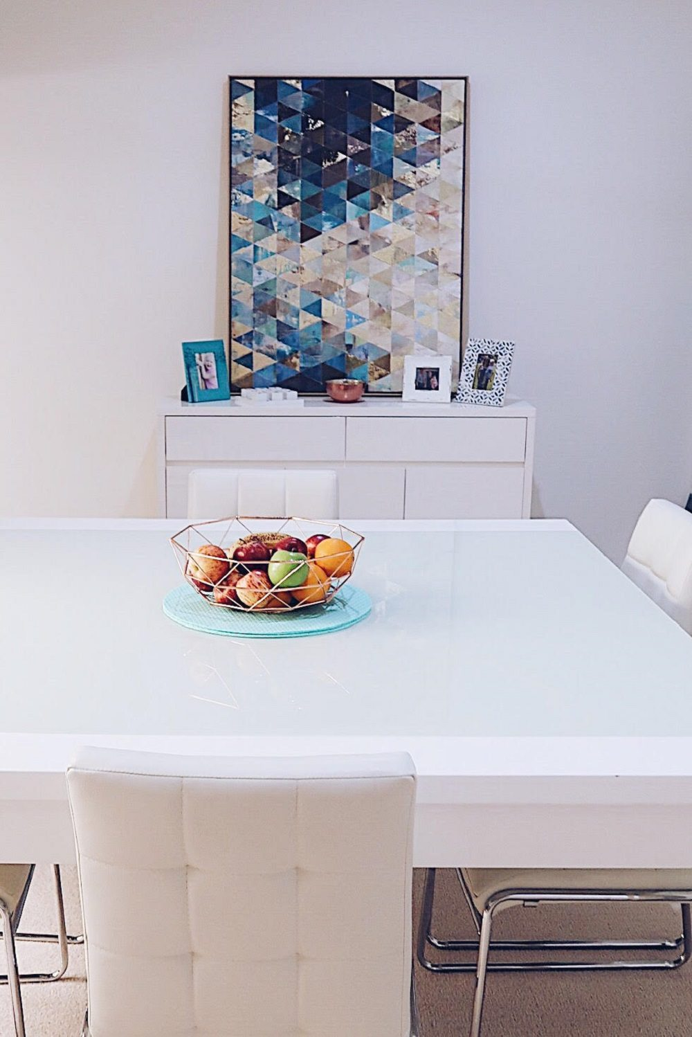 Decorating our new Dining Room with the help of Gumtree - dining table and buffet